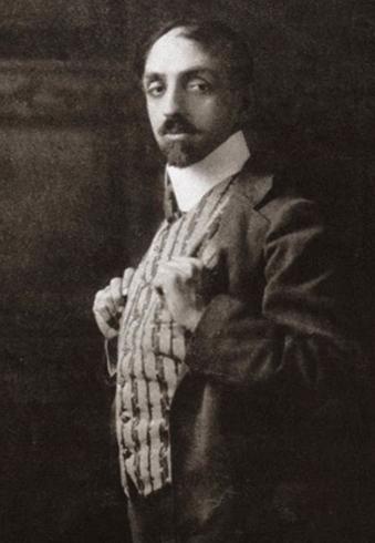 Михаил Кузмин в 1910 г.