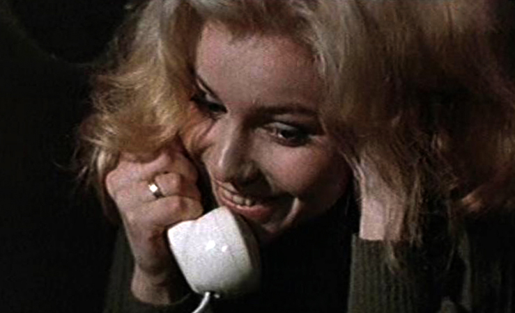 В фильме «Ещё люблю, ещё надеюсь» (1984)