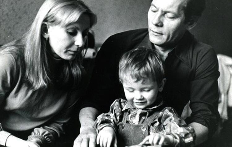 Со второй женой Ириной и сыном Василием