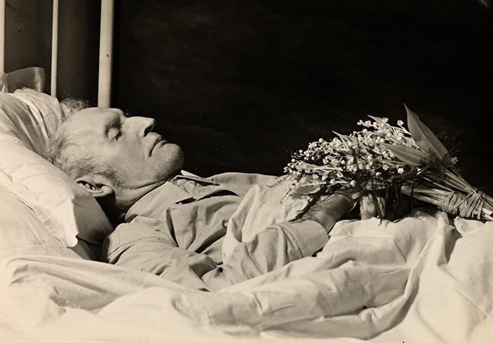 Э. Мунк на смертном одре