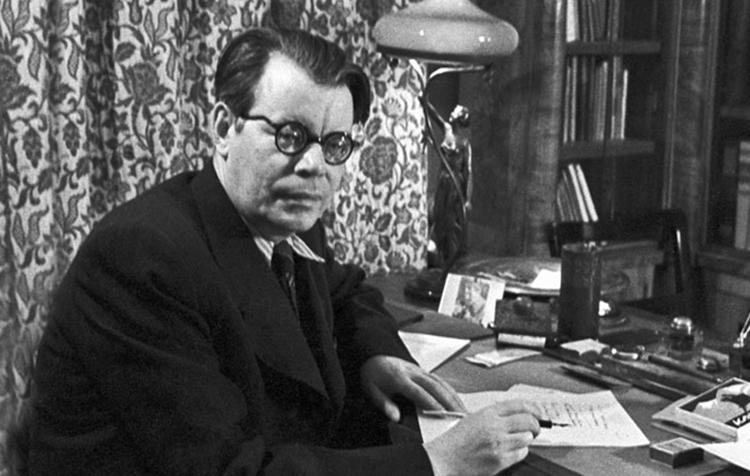 Знаменитый поэт Михаил Исаковский