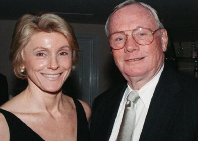 Со второй женой Кэрол Хелд Найт