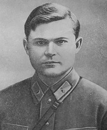 Н. Ватутин в 1937 г.