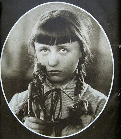 Янина Жеймо в детстве
