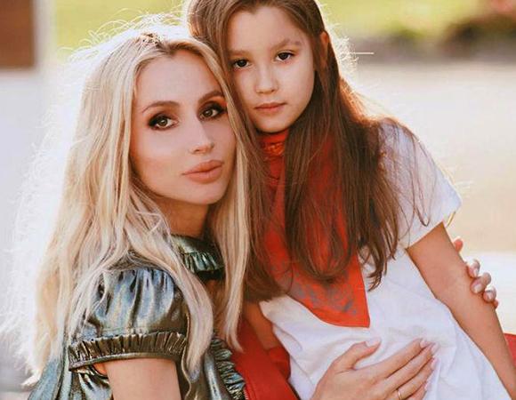 С дочерью Евангелиной