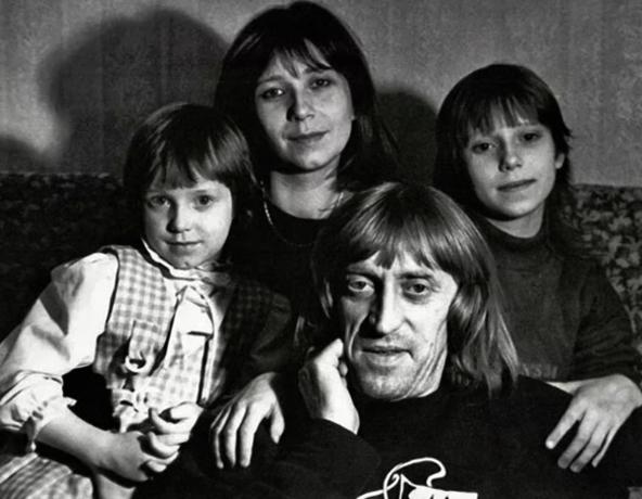 Со второй женой Галиной и детьми