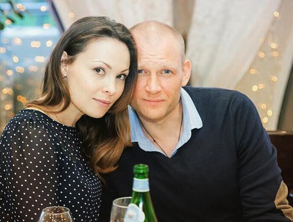 С женой Инной