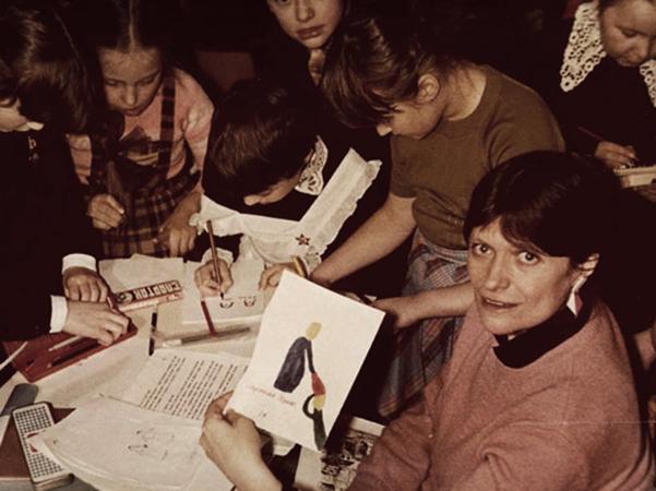 Ирина Пивоварова с читателями
