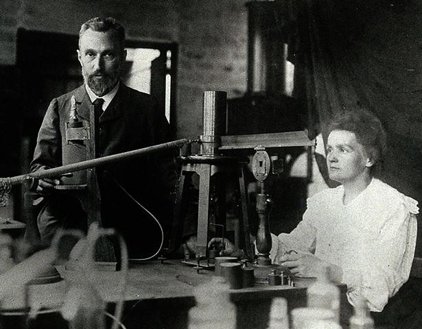 Пьер и Мария Кюри (1904)