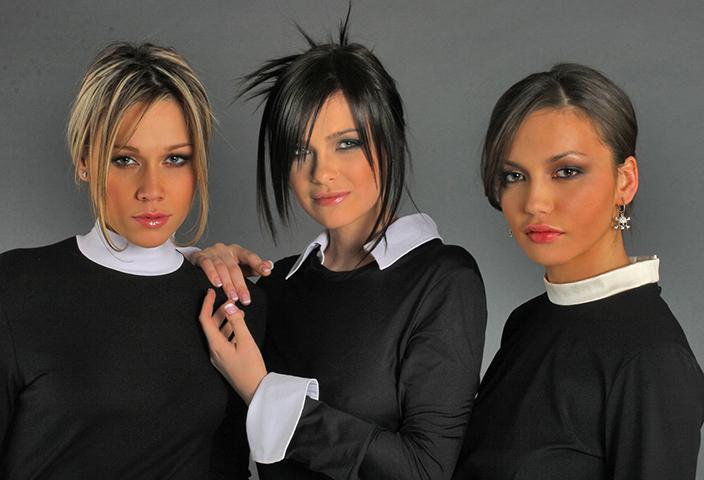 Ольга Серябкина (справа) в первом составе группы «Серебро»