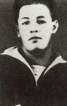 Во время учебы в военно-морском училище