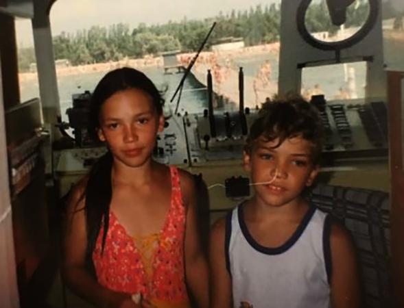 В юности с братом