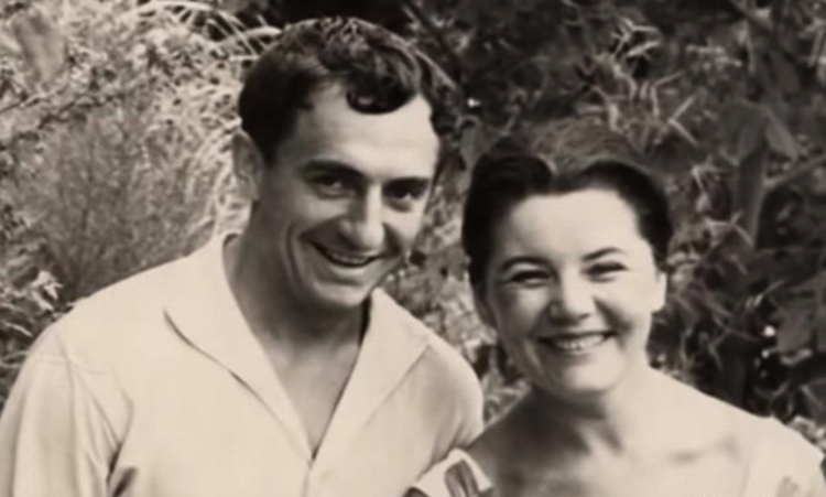 С женой Ниной в молодости