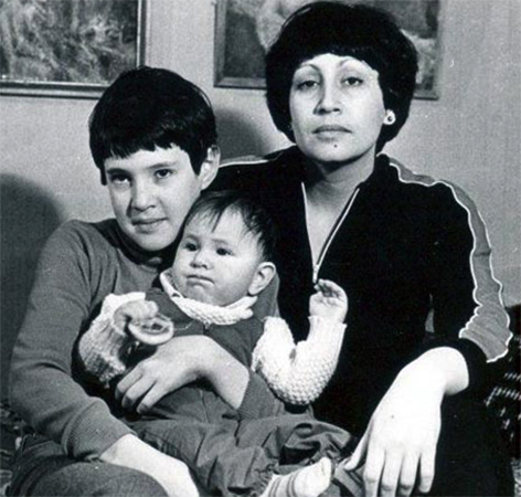 С детьми Давидом и Евой