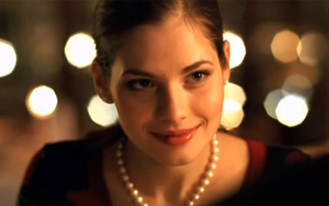 В клипе группы «Звери» «До скорой встречи» (2006)