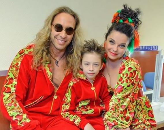 С женой Натальей и сыном Архипом