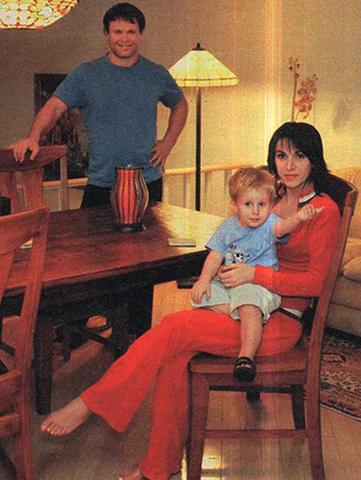 С женой Марией и сыном Никитой