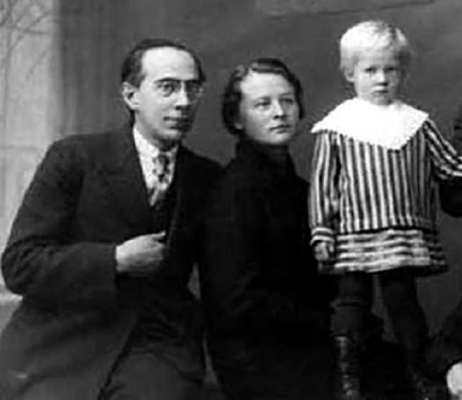 С женой Маргаритой и дочерью