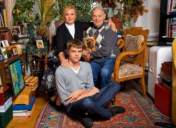 С мужем и внуком