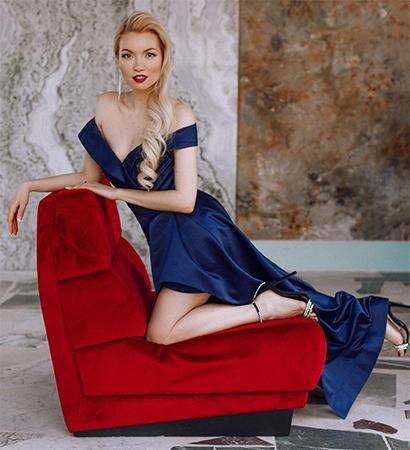 Актриса Анастасия Гулимова