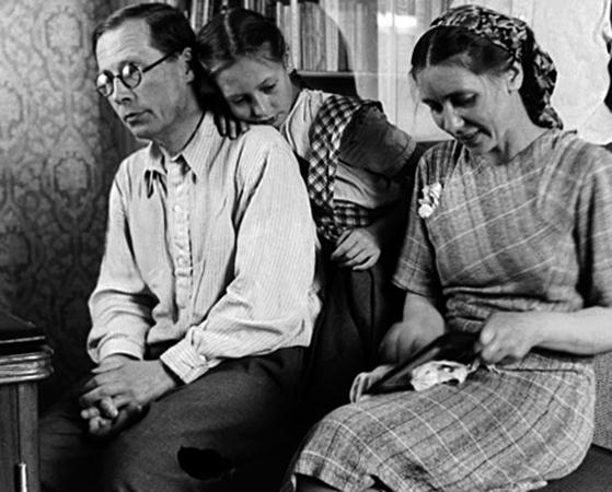 С женой Екатериной и дочерью Натальей
