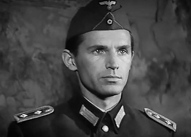 В фильме «Щит и меч» (1968)