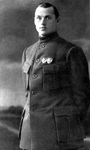 Молодой Константин Рокоссовский