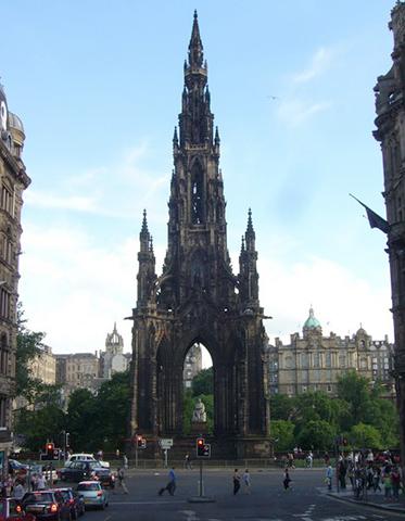 Монумент в Эдинбурге