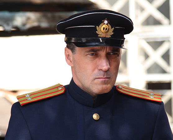 В фильме «Чёрное море» (2020)