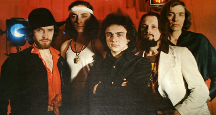 Александр Лосев (крайний справа) в группе Стаса Намина