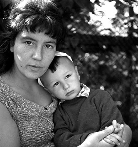 С сыном Олегом в молодости