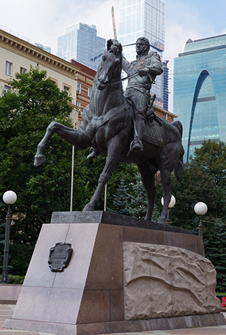 Памятник П.И. Багратиону в Москве