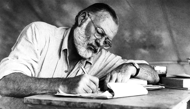 Писатель Эрнест Хемингуэй