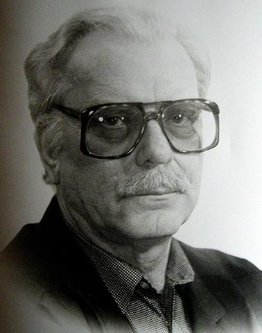 Писатель Эдуард Шим