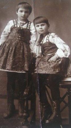 Клара Лучко с сестрой Галиной
