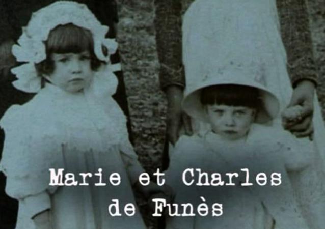 Луи де Фюнес (справа) с сестрой в детстве
