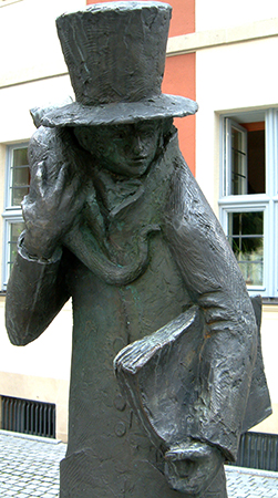 Статуя Эрнста Гофмана и его кота в Бамберге