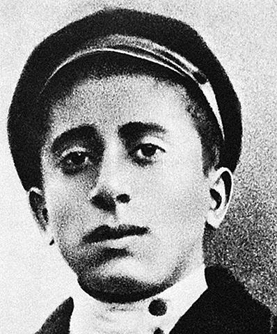 Арам Хачатурян в юности