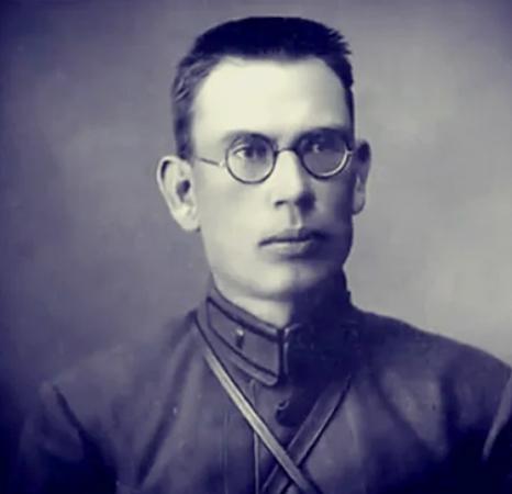 Андрей Власов в молодости