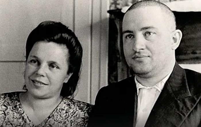 Дети от первого брака — Евгения и Владимир