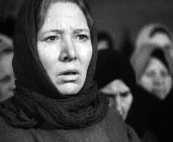 Первая жена — Антонина Павлычева