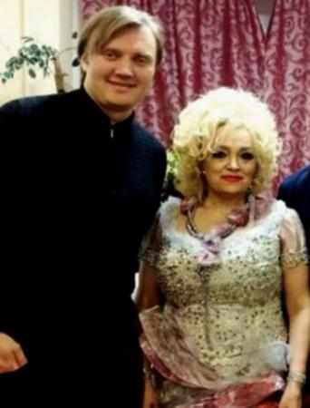 С сыном Григорием