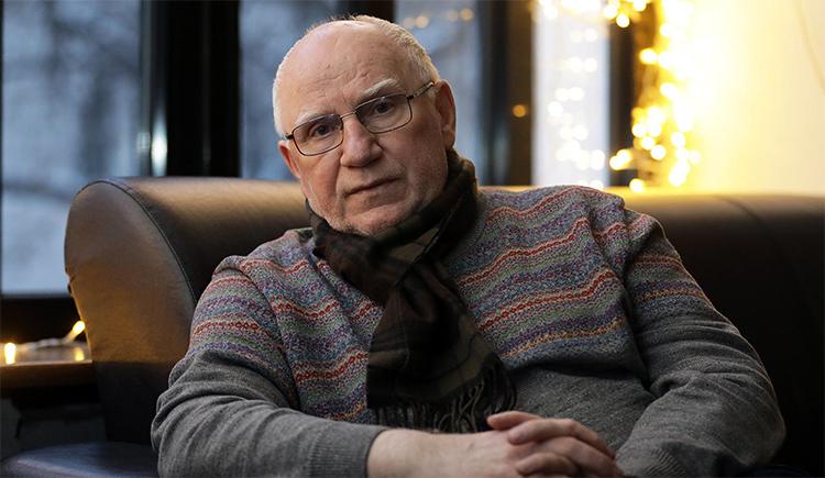 Актер Валерий Баринов