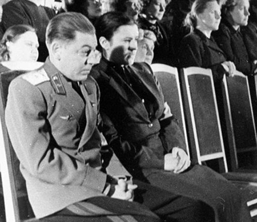 С отцом Василием на церемонии прощания с Иосифом Сталиным (6 марта 1953)