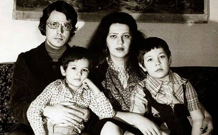 С мужем Андреем и сыновьями Артемием и Алексеем