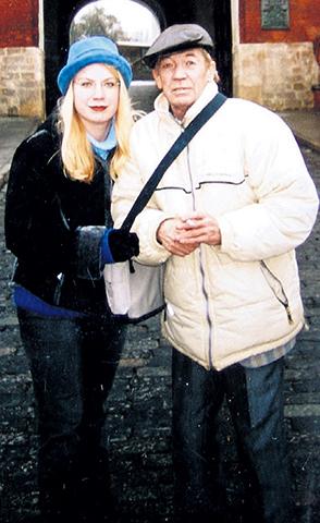 С дочерью Ленкой