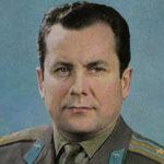 Павел Попович — биография космонавта