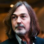 Никас Сафронов — биография художника