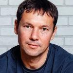 Ринат Валиуллин — биография писателя