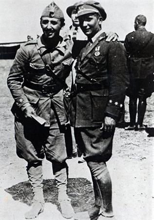Франсиско и его брат Рамон в Северной Африке, 1925 год